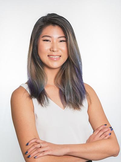 Maggie Yung Headshot