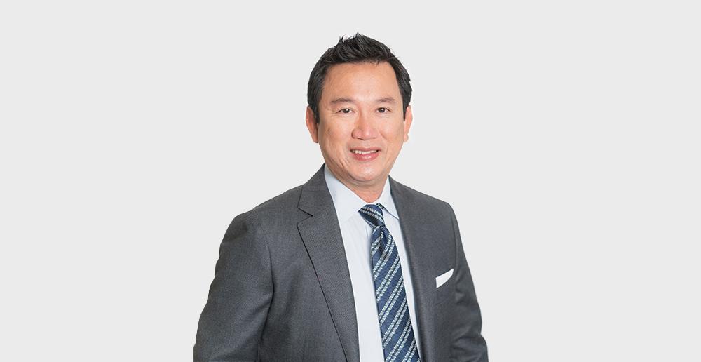 Dr. Steve Vu Headshot